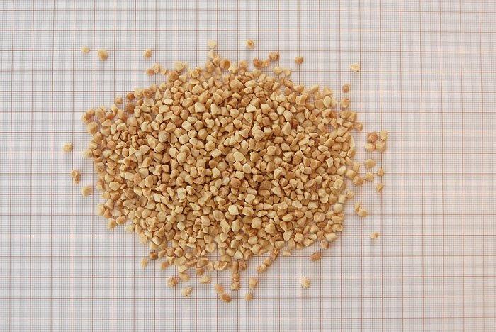 Orzechy arachidowe prażone w karmelu 2/4mm